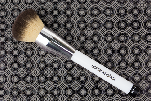Sonia-Kashuk-130-Buffing-Brush-3 (1)